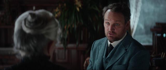 A troubled psychologist (Jason Clarke) is hired to investigate Sarah Winchester (Helen Mirren)'s obsession in the Spierig Brothers' Winchester (2018)