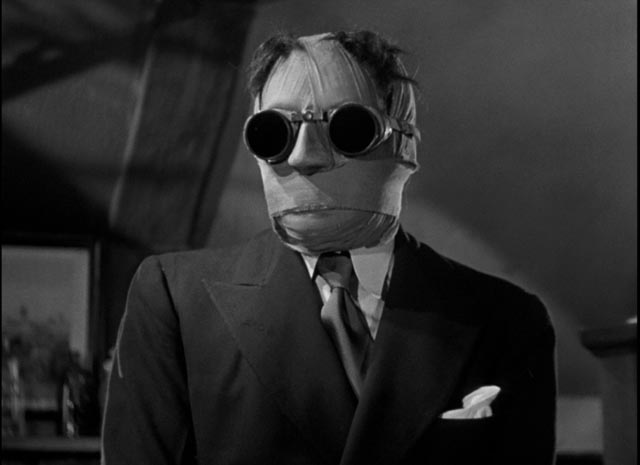 Claude Rains makes a real impression despite being deprived of his face in James Whale's The Invisible Man (1933)