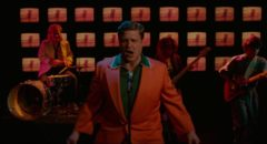 Louis Fyne (John Goodman) lipsyncs to Talking Heads' Wild Wild Life in David Byrne's True Stories (1986)