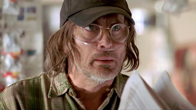 Crazy gas station guy (Jeffrey Combs) offers warnings in Ryan Schifrin's Abominable (2005)