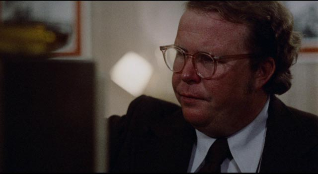 New to town, hitman Kinney (Ned Beatty) keeps missing the rendezvous in Elaine May's Mikey and Nicky (1976)