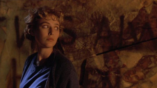 A tourist in other people's misery: Virginia Madsen in Bernard Rose's Clive Barker adaptation Candyman (1992)