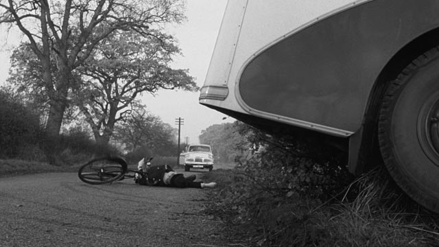 An alien force cuts off Midwich in Wolf Rilla's Village of the Damned (1960)