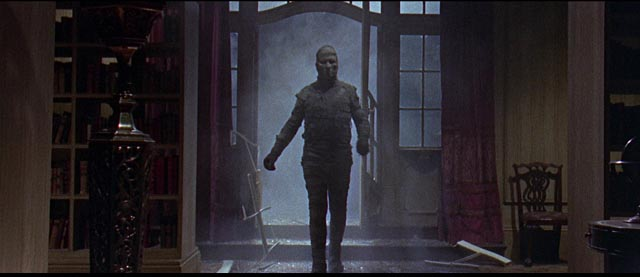 Ra-Antef (Dickie Owen) in one of the few atmospheric moments in Michael Carreras' The Curse of the Mummy's Tomb (1964)