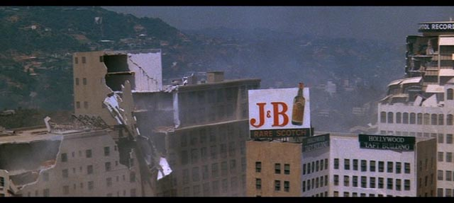 The ruins of Los Angeles in Mark Robson's Earthquake (1974)