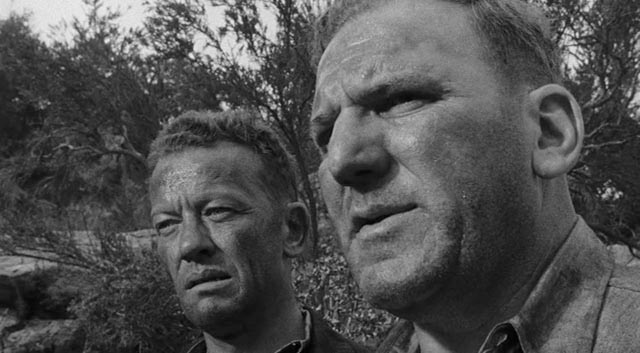 William Talman and William Bendix, two of a violent group of cons who break out in Lewis R. Foster's Crashout (1955)