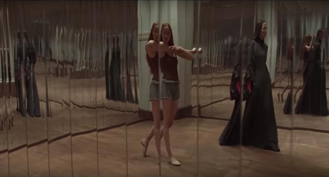 Mirrors apparently signify thematic depths in Luca Guadagnino's Suspiria (2018)