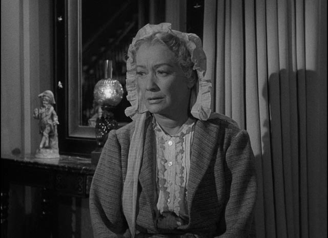 Aunt Lavinia takes a practical view of her niece's happiness in William Wyler's The Heiress (1949)