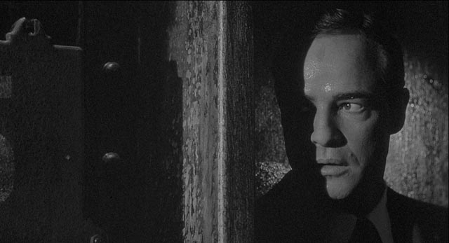 World War Two noir: German ex-patriate Robert Crain (Marlon Brando) undercover on a German freighter in Bernhard Wicki's Morituri (1965)