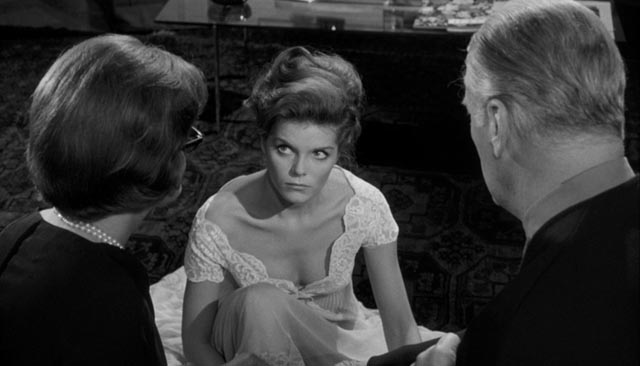Samantha Eggar taunts faithless husband Curt Jurgens in front of blind sister Patricia Neal in Alexander Singer's Psyche 59 (1964)