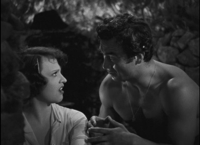 Aurélie (Ginette Leclerc)'s escape proves to be a mere romantic illusion in Marcel Pagnol's The Baker's Wife (1938)