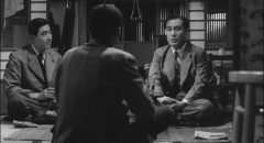 Mokichi Satake (Shin Saburi) finds melancholy comfort in a chance meeting with a former fellow soldier in Ozu Yasujiro's The Flavor of Green Tea Over Rice (1952)