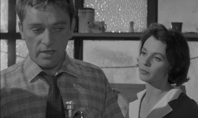 Helena (Claire Bloom) is attracted by Jimmy (Richard Burton)'s anger in Tony Richardson's Look Back in Anger (1959)