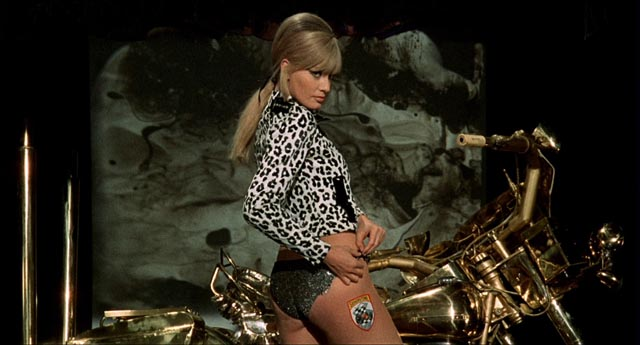 Marissa Mell as Monica Weston, a doppelganger for George Dumurrier (Jean Sorel)'s dead wife Susan in Lucio Fulci's One on Top of the Other (aka Perversion Story, 1969)