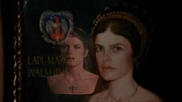 An old family portrait bodes evil in Richard Marquand's The Legacy (1978)