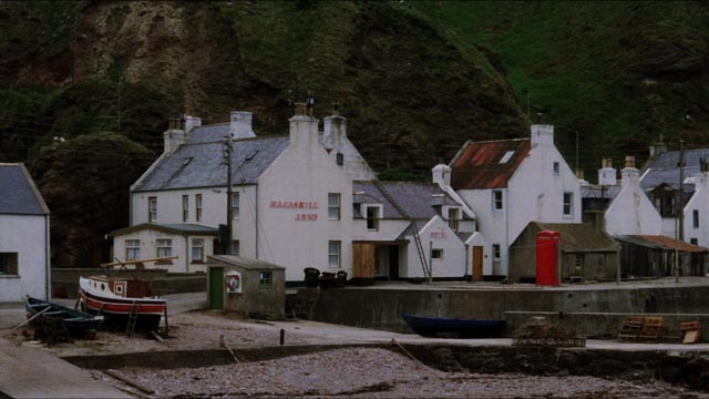 A laboratory model of the village trivializes its complex reality in Bill Forsyth's Local Hero (1983)