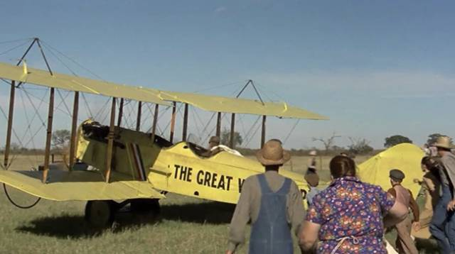 Waldo (Robert Redford) barnstorms across the Midwest, scraping a living in George Roy Hill's The Great Waldo Pepper (1975)