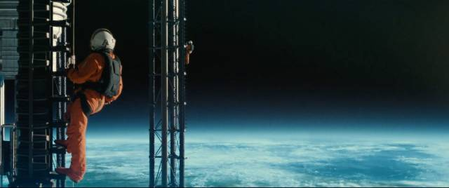 Roy McBride (Brad Pitt) servicing the space tower in James Gray's Ad Astra (2019)