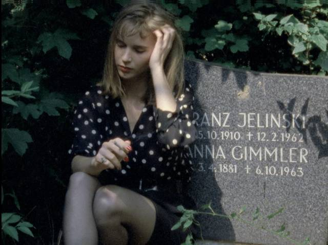 Monika (Monika M.) exhumes Rob from a fresh grave in Jörg Buttgereit's Nekromantik 2 (1991)