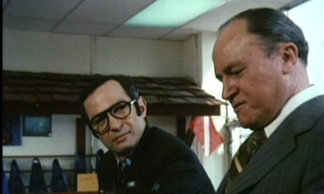 Agent Graves (Ben Gazzara) gets close to his quarry James Wright (E.G. Marshall) in Michael Crichton's Pursuit (1972)