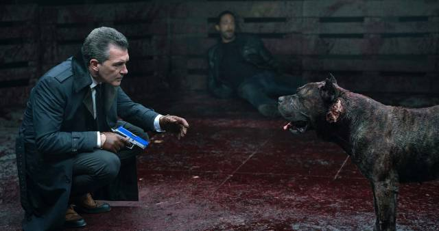 Antonio Banderas is the real villain in Paul Solet's crooks and mad dog thriller Bullet Head (2017)