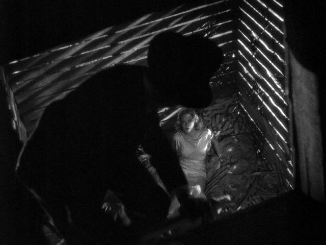 ... rapes Temple (Miriam Hopkins) in the barn in Stephen Roberts' The Story of Temple Drake (1933)