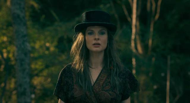 "Rose the Hat (Rebecca Ferguson) leads a tribe of soul-sucking immortals drawn to Dan (Ewan McGregor) and Abra (Kyliegh Curran)'s ""Shine"" in Mike Flanagan's Doctor Sleep (2019)"