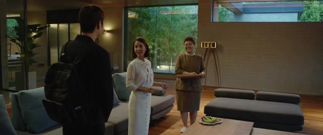 Kim Ki-woo (Choi Woo-sik) meets Mrs. Park (Jo Yeo-jeong) and housekeeper Moon-gwang (Lee Jeong-eun) in Bong Joon-ho's Parasite (2019)