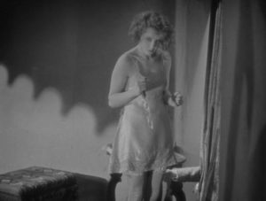 Alice White (Anny Ondra) realizes what she's done in Alfred Hitchcock's Blackmail (1929)