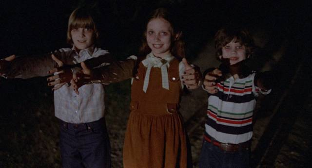 Radiation makes kids dangerous to their parents in Max Kalmanowicz's The Children (1980)