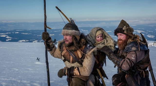 Brave rebels save the baby in Nils Gaup's The Last King (2016)