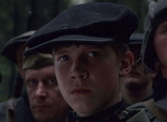 Flyora (Alexei Kravchenko) starts as a boy believing war is an adventure in Elem Klimov's Come and See (1985)