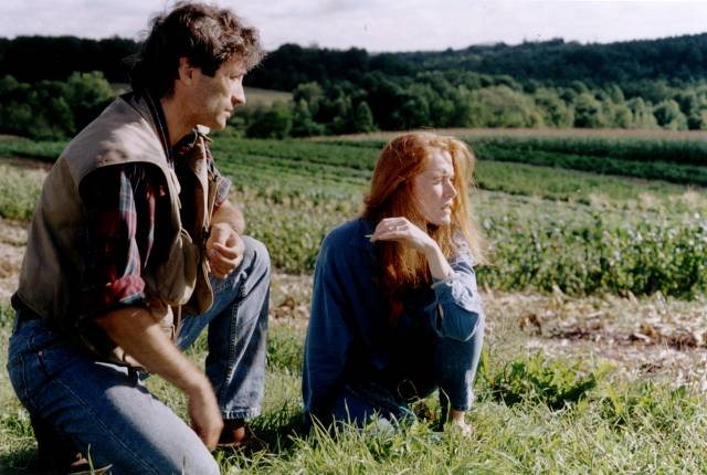 Artist Lillian (Miriam Healy-Louie) is introduced to the contaminated land by Alex Vine (David van Tieghem) in Larry Fessenden's No Telling (1991)