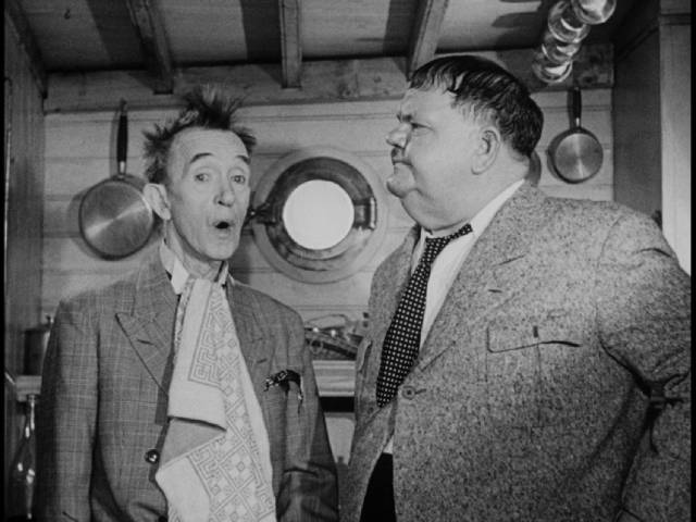 Nothing goes right on board Stan's inherited yacht in Leo Joannon's Atoll K (1960)