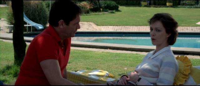 Therapist Craig (David Warbeck) has ulterior motives for romancing Joanna (Christina Nagy) in Alberto De Martino's Formula for a Murder (1985)