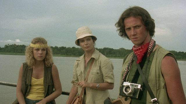 Three young Americans are unprepared for the jungle in Umberto Lenzi's Cannibal Ferox (1981)