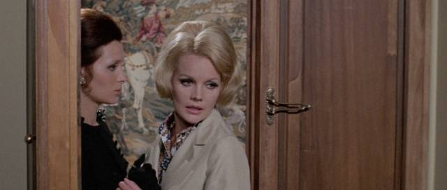 Carroll Baker is involved in a conspiracy to murder in Umberto Lenzi's So Sweet ... So Perverse (1969)
