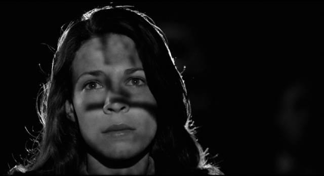 Grad student Kathleen Conklin (Lili Taylor) has an unexpected encounter in Abel Ferrara's The Addiction (1995)