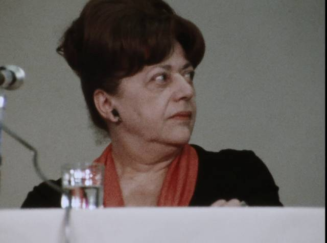 Critic Diana Trilling prefers decorum in Chris Hegedus and D.A. Pennebaker's Town Bloody Hall (1979)