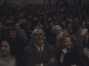 New York's intellectual elite enjoys the show in Chris Hegedus and D.A. Pennebaker's Town Bloody Hall (1979)
