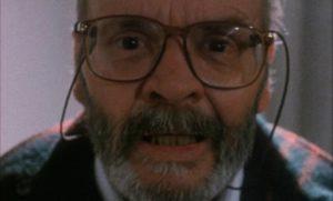 """Lucio Fulci as director """"Lucio Fulci"""" going mad in Lucio Fulci's Cat in the Brain (1990)"""