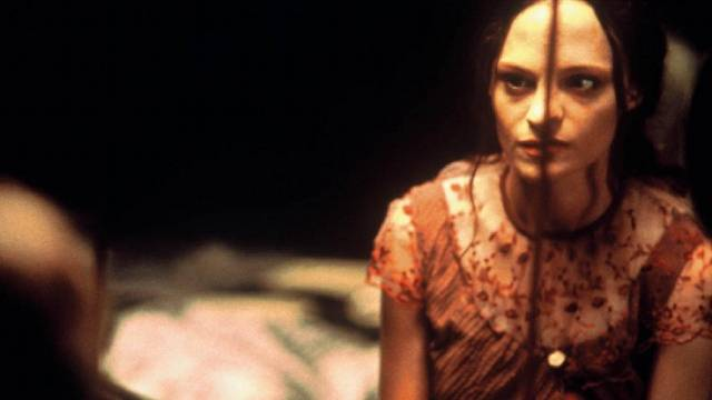 May (Angela Bettis)'s personality is fragmenting in Lucky McKee's May (2002)