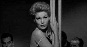 Kay Greylek (Kim Novak) embarks on a career as a nightclub singer in Phil Karlson's 5 Against the House (1955)