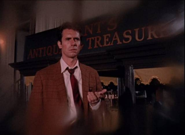 Paul Varney (Bradford Dillman) desperately searches for something at the beginning of Paul Wendkos' Fear No Evil (1968)