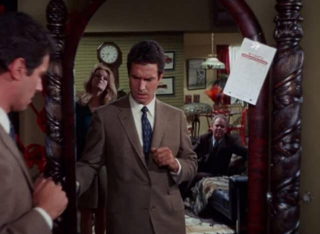 Paul Varney (Bradford Dillman) has no memory of buying the antique mirror in Paul Wendkos' Fear No Evil (1968)