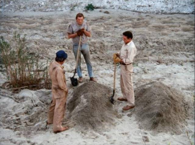 The 'dozer kills an oil exploration crew one by one in Jerry London's Killdozer (1974)
