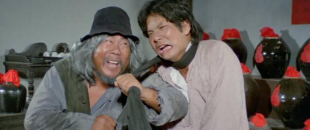 Beggar So, the Drunken Master (Gwa-Pau Sai) turns up in Yuen Woo-ping's The Magnificent Butcher (1979)