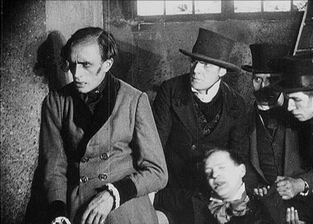 Conrad Veidt in an episode of Richard Oswald's Uncanny Tales (1919)
