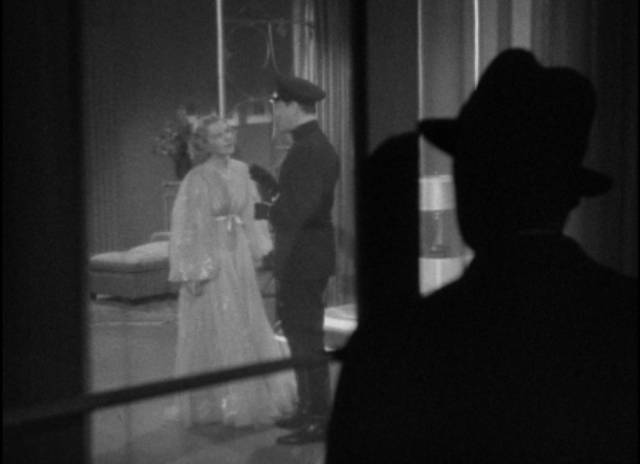 Romance begins in menacing darkness in Frank Borzage's History is Made at Night (1937)