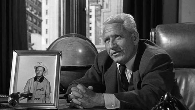 Frank Skeffington (Spencer Tracy) practices politics with paternalistic indulgence in John Ford's The Last Hurrah (1958)